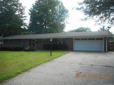 Bartlesville Single Family Home For Sale: 1419 Arbor Drive