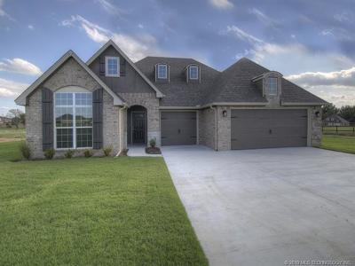 Owasso Single Family Home For Sale: 6318 E 88th Street North