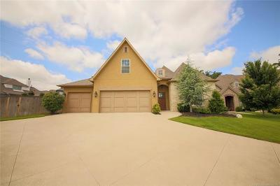 Jenks Single Family Home For Sale: 10706 S Redbud Place