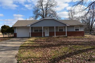 Fort Gibson Single Family Home For Sale: 508 S East Street