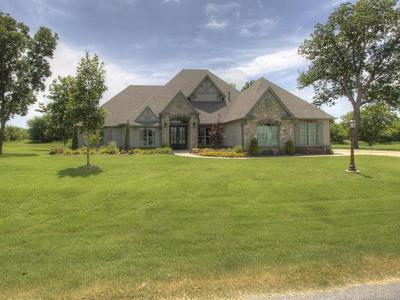 Owasso Single Family Home For Sale: 18330 E Red Fox Trail