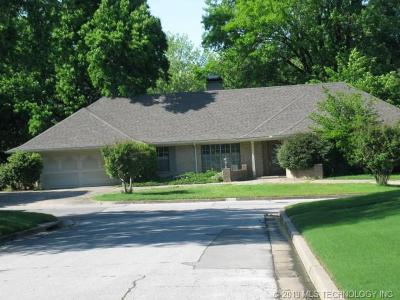 Osage County, Rogers County, Tulsa County, Wagoner County Single Family Home For Sale: 3227 E 57th Street