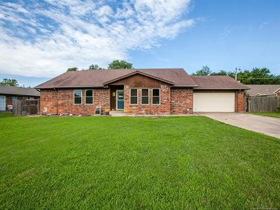 Broken Arrow Single Family Home For Sale: 1924 S Main Street