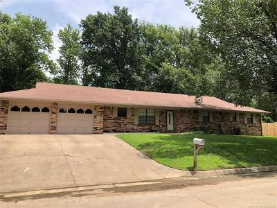 Bartlesville Single Family Home For Sale: 1524 Manor Drive