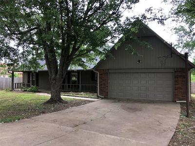 Owasso Single Family Home For Sale: 10913 N 173rd East Avenue