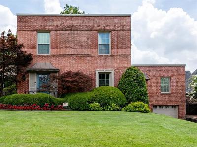 Tulsa Single Family Home For Sale: 2112 E 23rd Street
