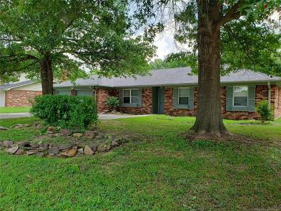 Muskogee Single Family Home For Sale: 2706 S 28th Street