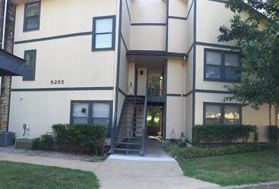 Bartlesville Condo/Townhouse For Sale: 5255 Nowata Road #K205