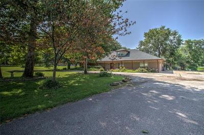 Tulsa Single Family Home For Sale: 1908 W 91st Street