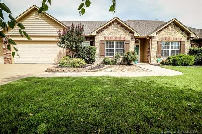 Claremore Single Family Home For Sale: 19402 Knight Lane