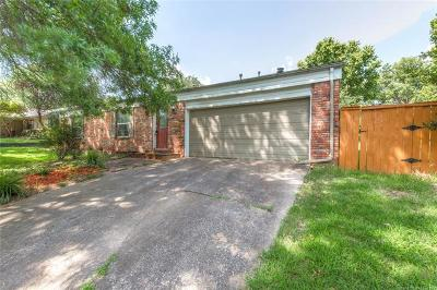 Tulsa Single Family Home For Sale: 8212 S College Place