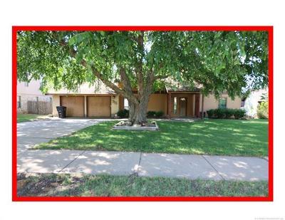 Bartlesville Single Family Home For Sale: 315 Ridgecrest Court
