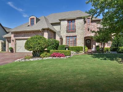 Tulsa Single Family Home For Sale: 8761 E 105th Place
