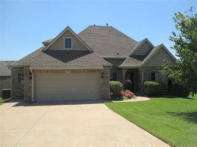 Broken Arrow Single Family Home For Sale: 2820 N Juniper Avenue