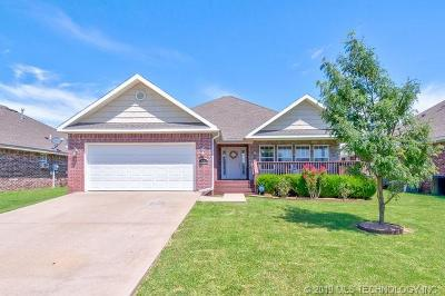 Bartlesville Single Family Home For Sale: 434 NE Katherine Avenue
