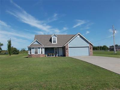 Owasso Single Family Home For Sale: 12045 Valley Avenue