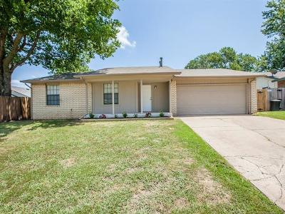 Broken Arrow Single Family Home For Sale: 2905 S Ash Court