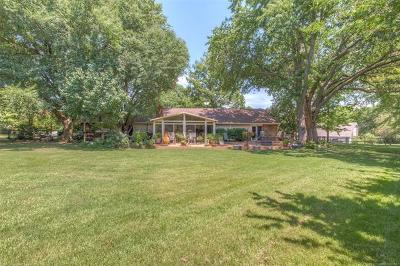 Broken Arrow Single Family Home For Sale: 25000 Rosewood Drive