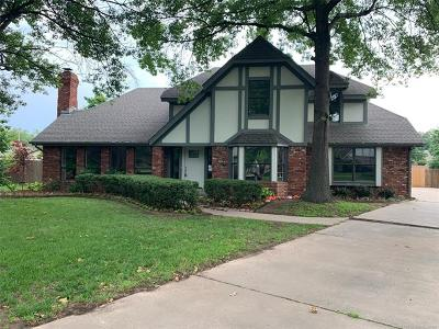 Tulsa Single Family Home For Sale: 6725 E 102nd Street