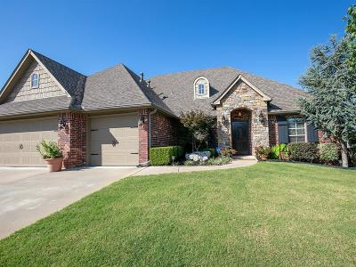 Owasso Single Family Home For Sale: 9406 N 95th Place E