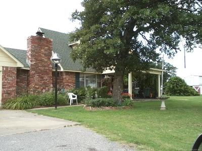 Mounds Single Family Home For Sale: 16160 Hectorville Road