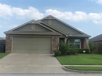 Jenks Single Family Home For Sale: 4024 W 104th Street