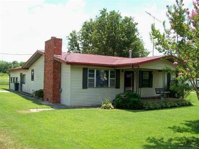 Stigler Single Family Home For Sale: 118 S Bk 1240 Road