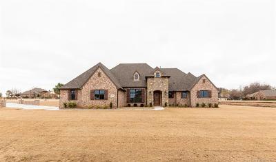 Owasso Single Family Home For Sale: 6612 N Granite Lane