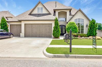 Tulsa Single Family Home For Sale: 5902 E 110th Place