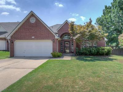 Sand Springs Single Family Home For Sale: 306 W 37th Place