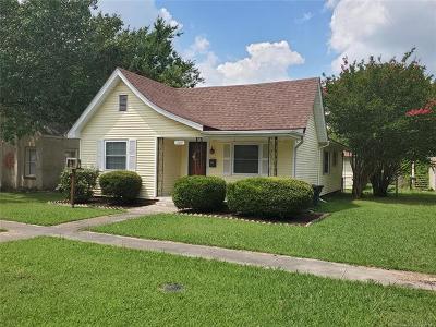 Ada Single Family Home For Sale: 1109 S High School Street