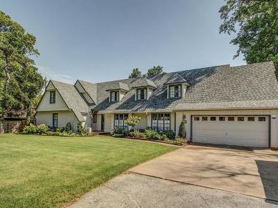 Tulsa County Single Family Home For Sale: 2956 E 47th Street