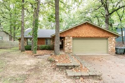Sand Springs Single Family Home For Sale: 3312 Maple Drive