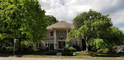 Claremore Single Family Home For Sale: 303 E Patti Page Boulevard