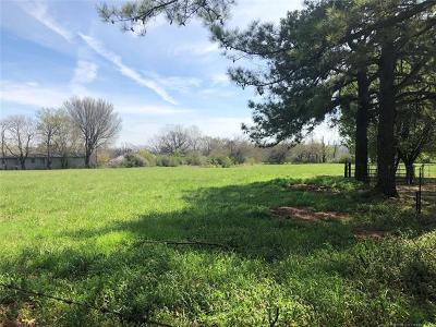 Muskogee Single Family Home For Sale: 3801 Country Club Drive