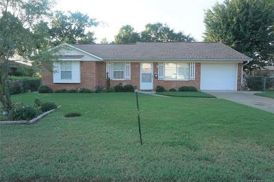 Okmulgee County Single Family Home For Sale: 1108 Wade Wells Drive