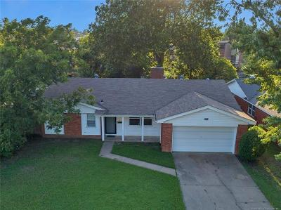 Tulsa Single Family Home For Sale: 2006 S 69th East Avenue