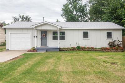 Skiatook Single Family Home For Sale: 302 E Maple Street S