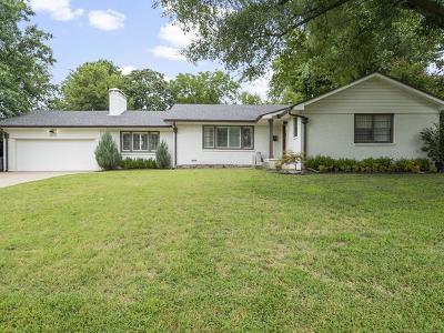 Tulsa County Single Family Home For Sale: 3217 E 37th Street