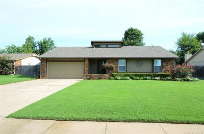 Jenks Single Family Home For Sale: 2847 W 115th Place S
