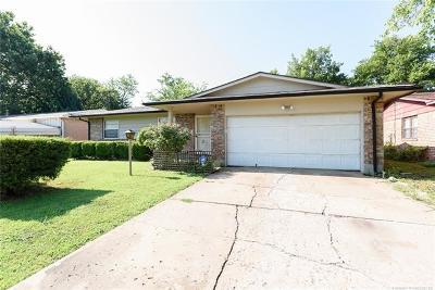Tulsa Single Family Home For Sale: 12602 E 19th Street