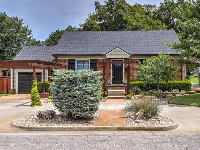 Rogers County, Mayes County, Tulsa County Single Family Home For Sale: 2215 S Florence Avenue