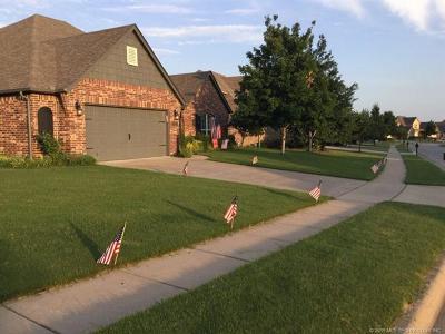 Broken Arrow Single Family Home For Sale: 4801 N Poplar Avenue