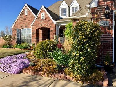 Owasso Single Family Home For Sale: 9809 E 92nd Street N
