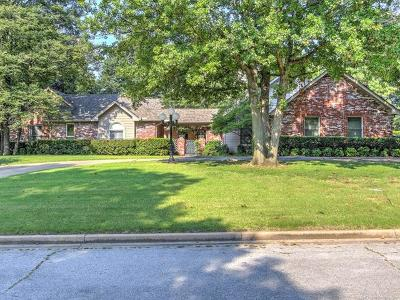 Tulsa Single Family Home For Sale: 6438 S Indianapolis Place