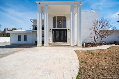 Tulsa Single Family Home For Sale: 2409 E 31st Street