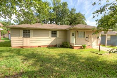 Sand Springs Single Family Home For Sale: 112 W 32nd Street