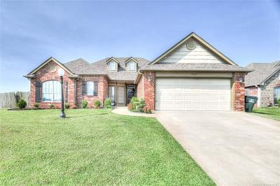 Collinsville Single Family Home For Sale: 10425 E 143rd Court North