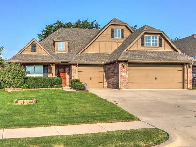 Jenks Single Family Home For Sale: 11004 S Olmsted Street