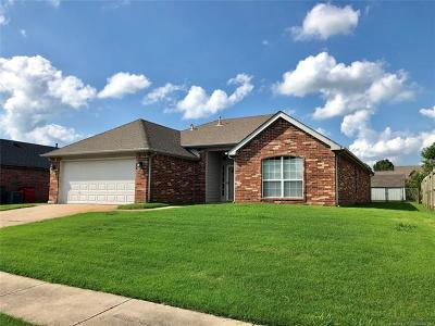 Collinsville Single Family Home For Sale: 10805 E 117th Street North